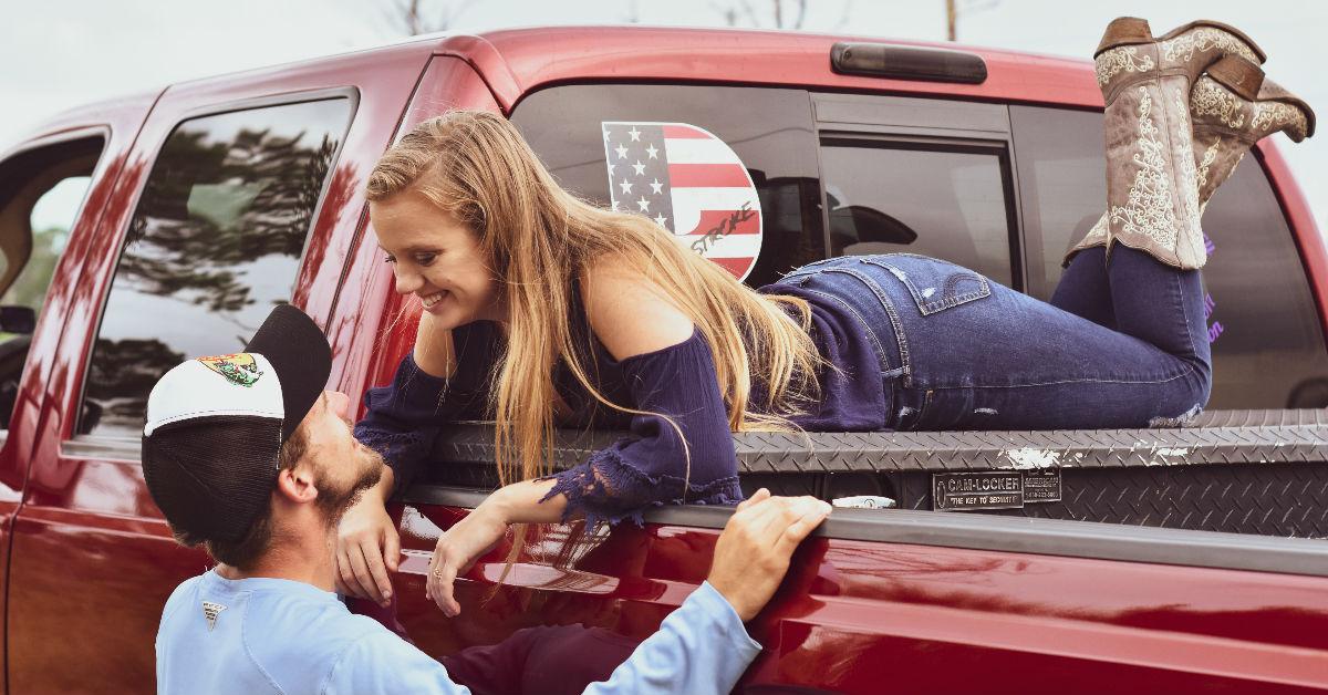 女生希望讓男生知道的5項「這樣做愛很令人不爽」:別為了彌補尺寸不足,盡想些奇怪招式來取悅我們!