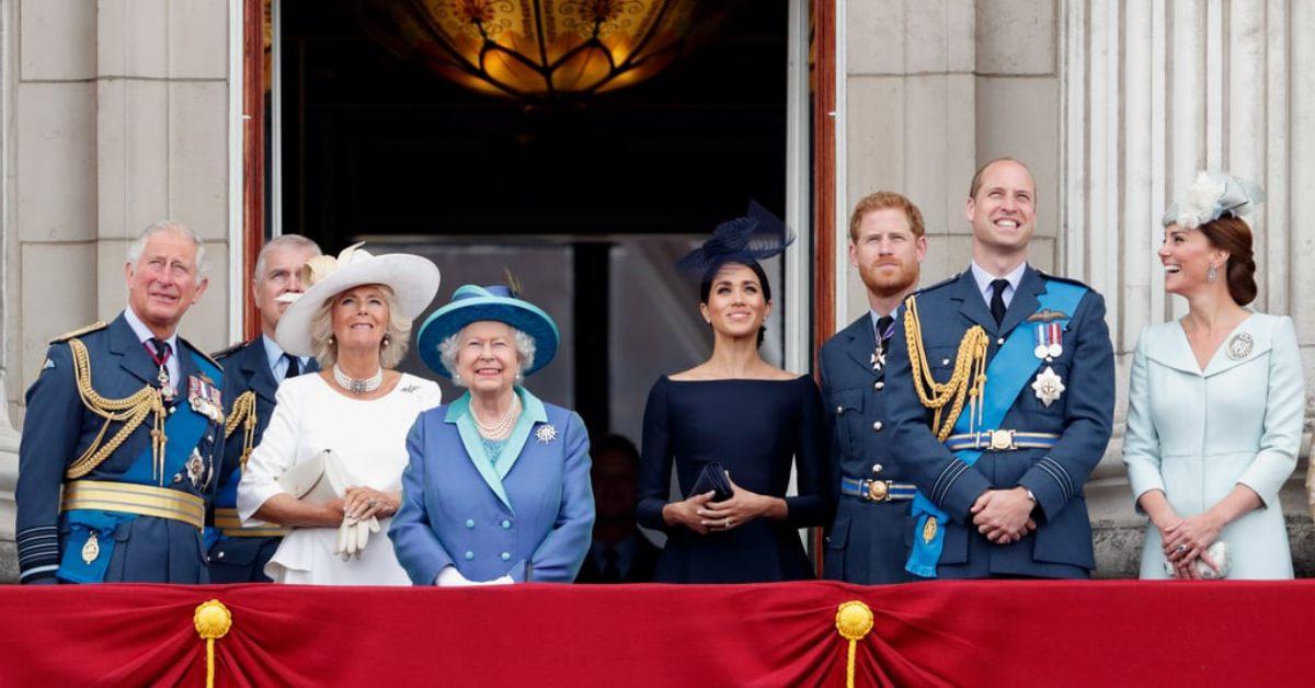女王穿鮮豔服裝的原因是「這個」!跟我們一起窺探這有趣的皇室日常~