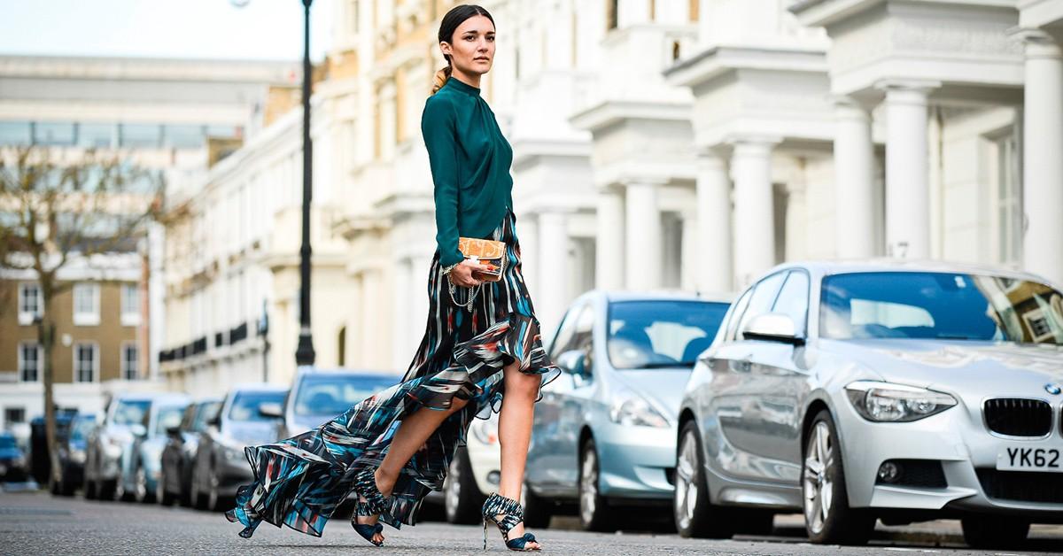 今年秋冬衣櫃就少這一件裙子,任何身形的女生都適合的Wrap Skirt