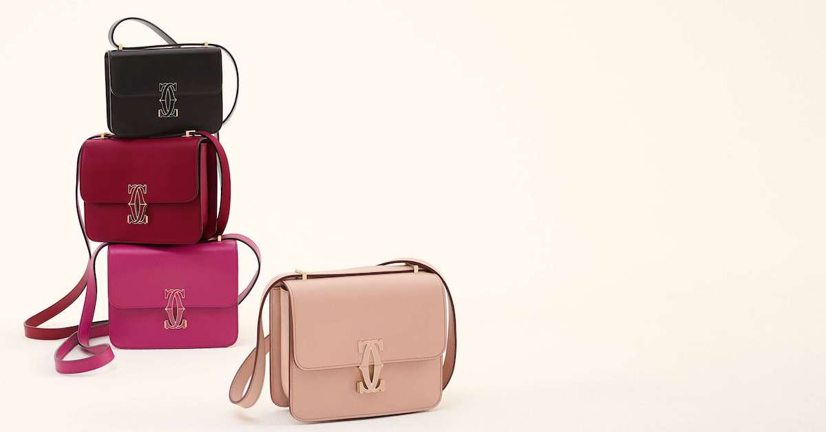 Cartier釘子系列要搭這款包!奶茶色、正紅色 、百搭黑色....這個「小方包」擺明要跟配件品牌搶市場