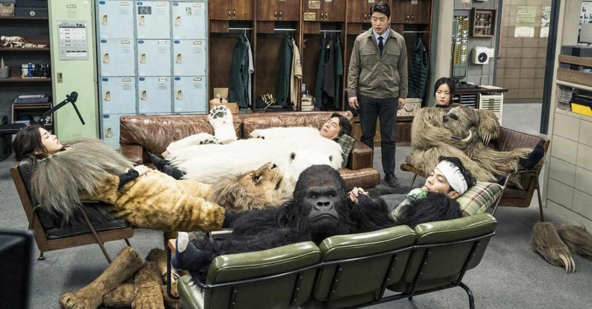 """《雞不可失》團隊打造爆笑神作!《超""""人""""氣動物園》找工讀生偽裝成動物,能成功嗎?"""