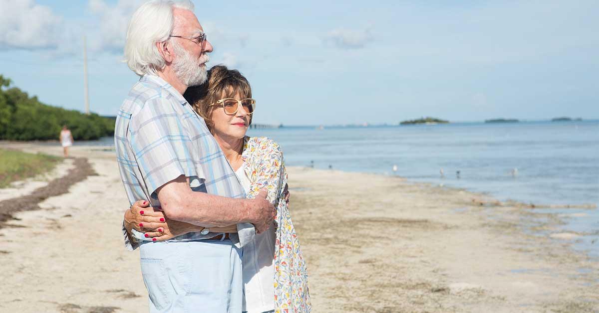 《人生無限露營車》笑中帶淚的公路電影:人生最浪漫的事,就是陪你一起變老