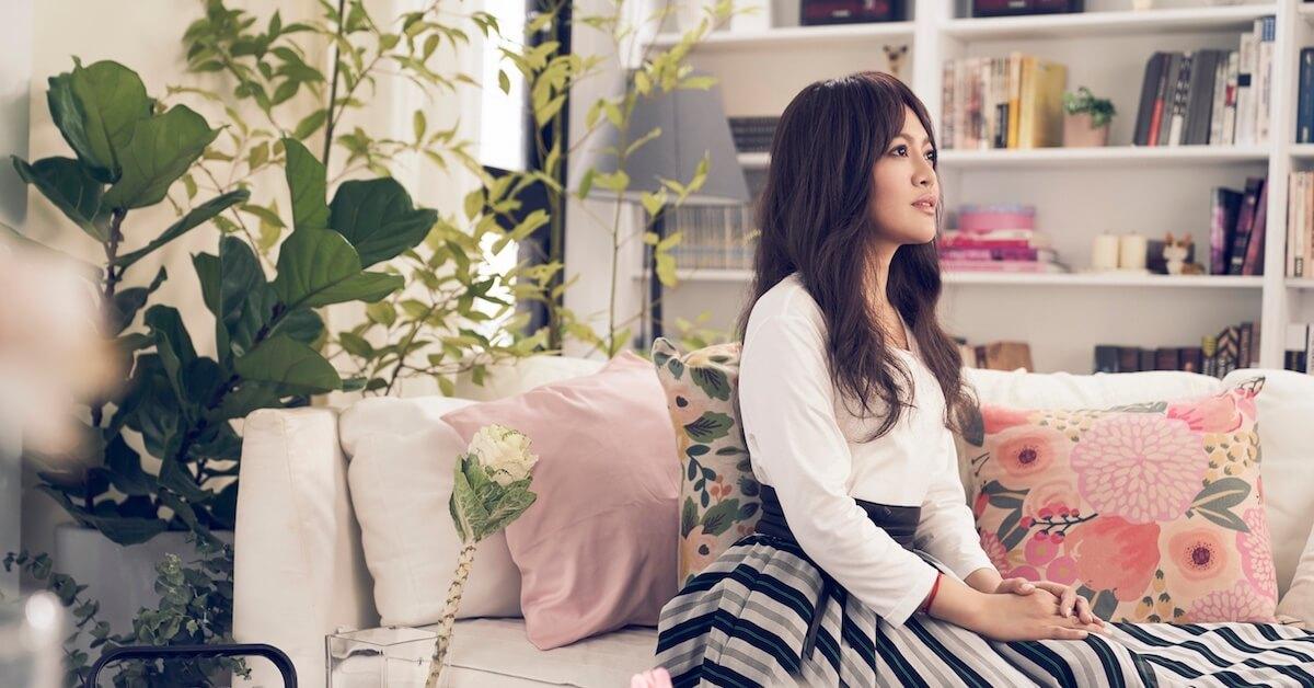 專訪-「沒有寂寞孤獨,妳很難去感受怎麼愛自己。」戴愛玲收起高亢,新專輯用傾訴走進妳內心的聲音。