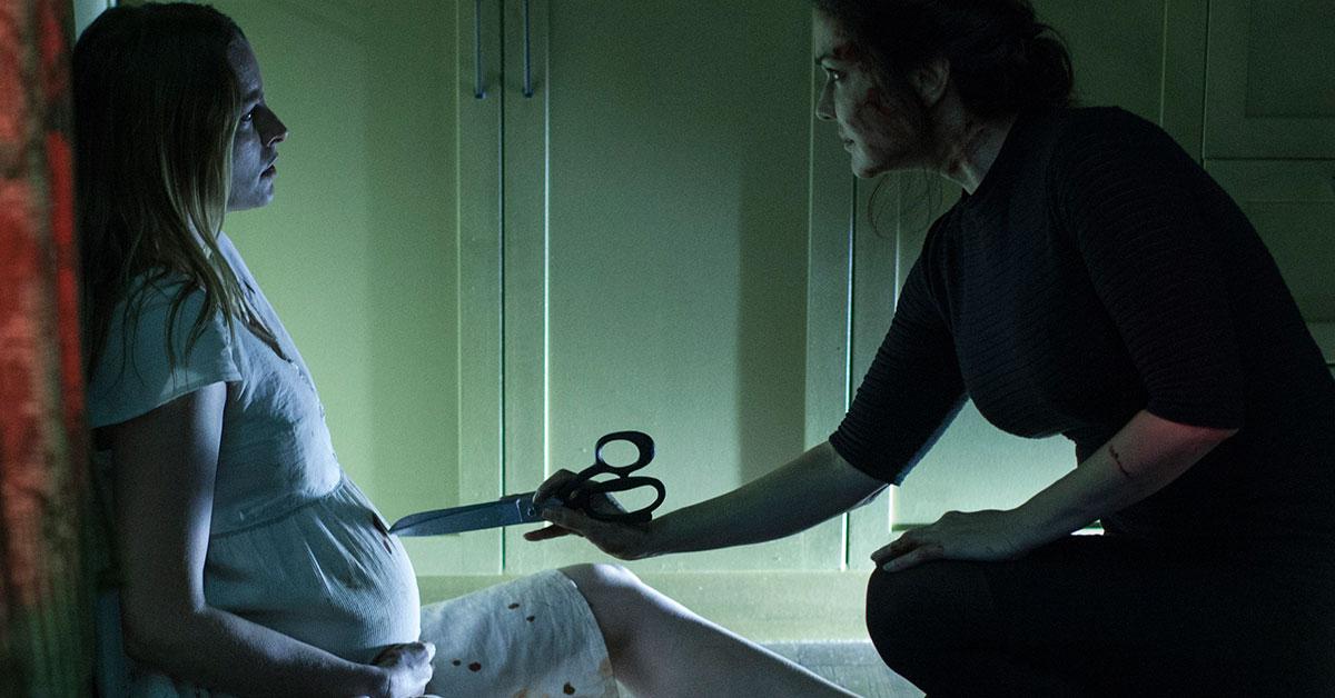 驚悚到心底!《劫孕》「封閉式恐懼」揭開剖腹偷嬰的駭人廝殺