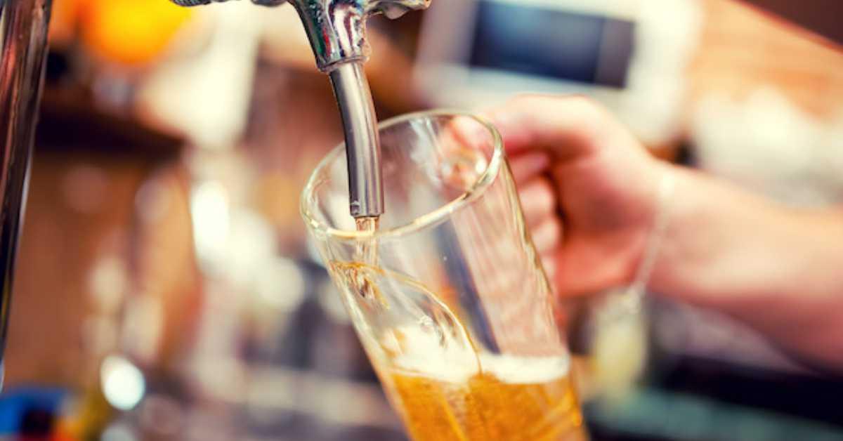 打開房間水龍頭就能爛醉!蘇格蘭開設全球第一間「啤酒旅館」連淋浴間都滿溢酒香