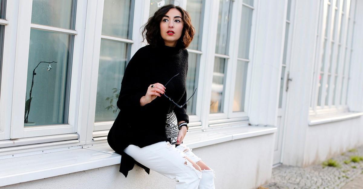 時尚潮人的秋冬必備款,無論內搭或是單穿都時尚的高領毛衣
