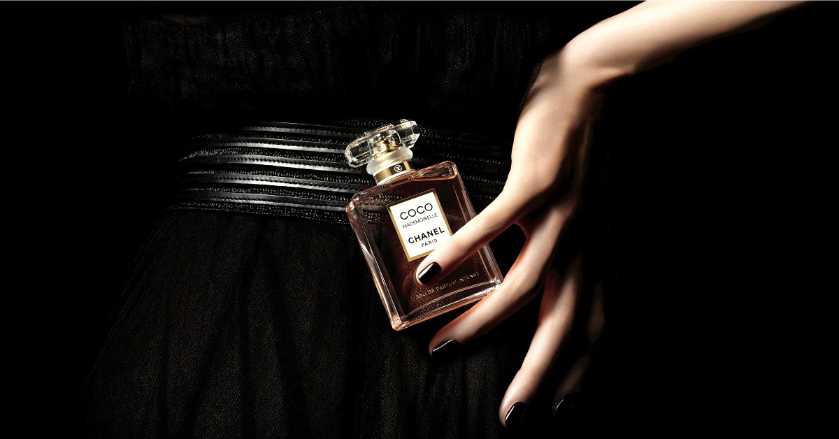 香奈兒這瓶香水,不需大打廣告就默默熱賣17年!2018即將加入的新成員,勢必再掀起一波話題!