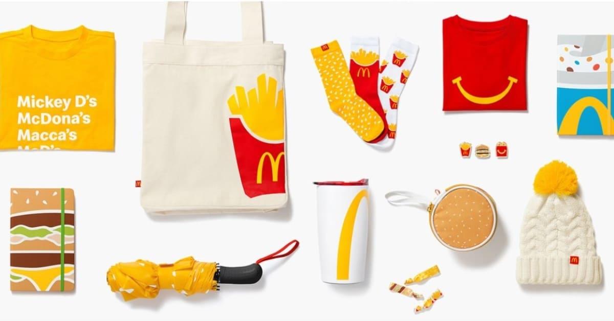 麥當勞超可愛周邊來放火!薯條襪子、漢堡別針絕對是聖誕禮物首選