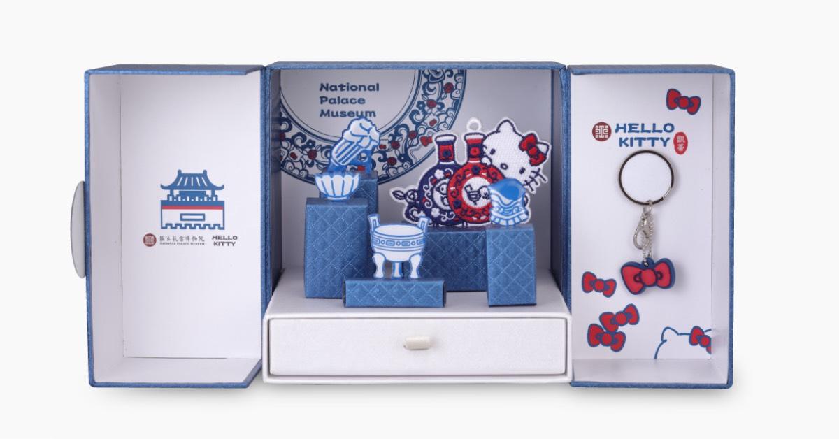 故宮、Hello Kitty跨界聯名推出「刺繡一卡通」,4款高質感組合絕對要收藏!