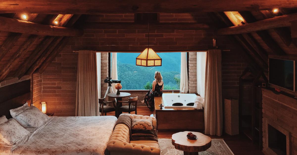 「室內燈光設計」掌握5條守則!暖色光、柔白光適合用在「這裡」,「這撇步」教你避免眩光