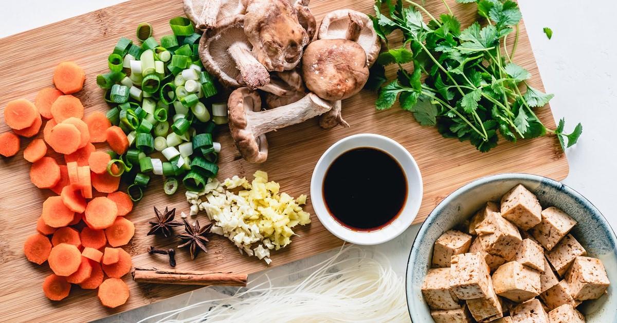 經常熬夜小心肝硬化!8種常見蔬菜拯救你的肝臟
