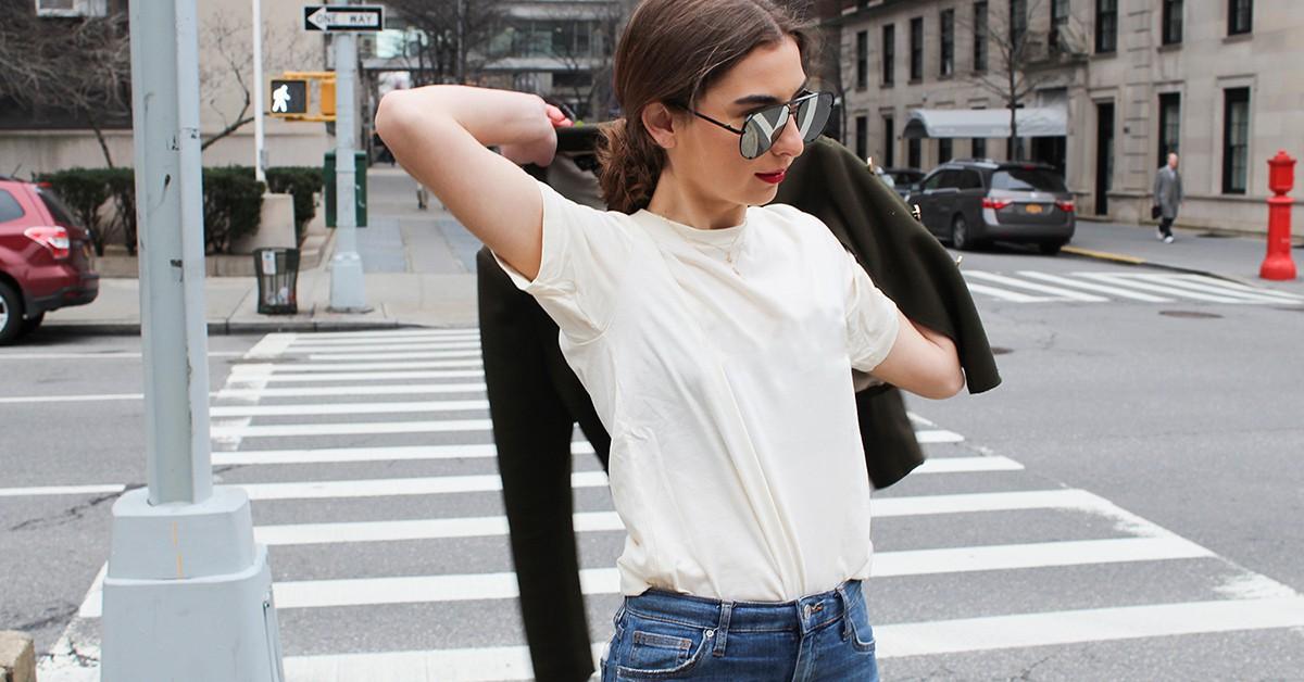 白T就是穿搭的好幫手,內搭、單穿就算秋冬都能很有型