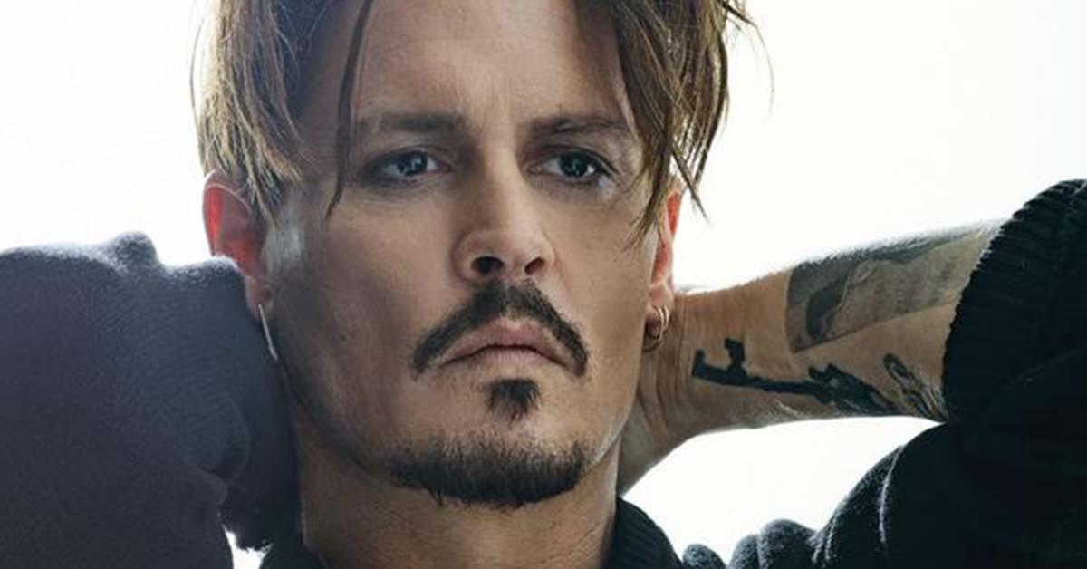 捕捉喜感滿分的「寵粉狂魔」!強尼戴普(Johnny Depp)簽名簽太久,每次都被保鑣強行帶走