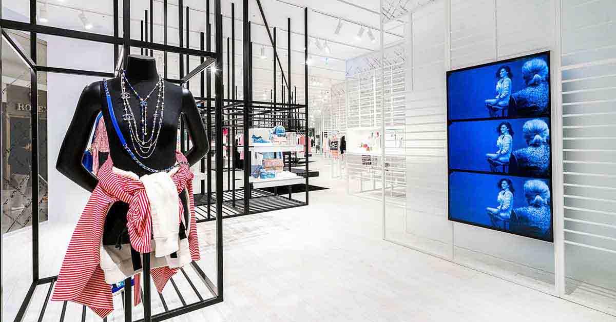 (8) 信義新光A9香奈兒限時概念店獨步全球曝光,從裡到外的裝設,有別於一般百貨中的品牌專賣店。