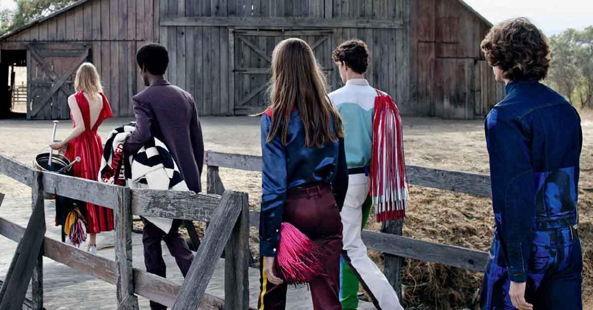 (5) Raf Simons上任後便大刀闊斧改革Calvin Klein整個品牌風格,連每一季的廣告也不例外。