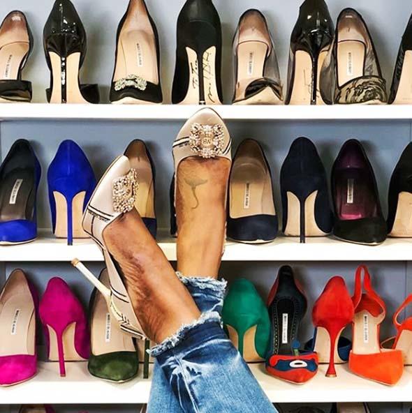 (4) Manolo Blahnik,這一因《慾望城市》而竄紅、自此成為名媛貴婦及時尚型女們搶翻天的的頂級鞋履品牌。