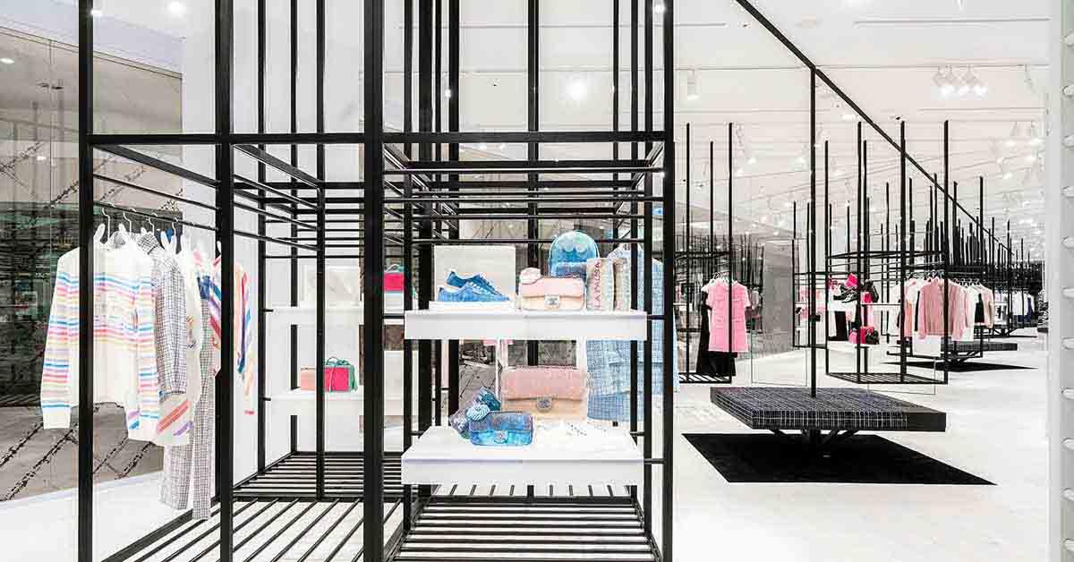 (5) 信義新光A9香奈兒限時概念店獨步全球曝光,從裡到外的裝設,有別於一般百貨中的品牌專賣店。