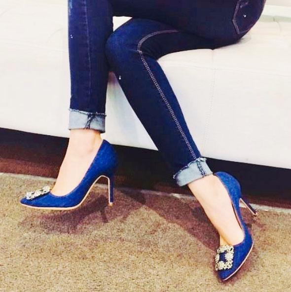 (2) Manolo Blahnik,這一因《慾望城市》而竄紅、自此成為名媛貴婦及時尚型女們搶翻天的的頂級鞋履品牌。