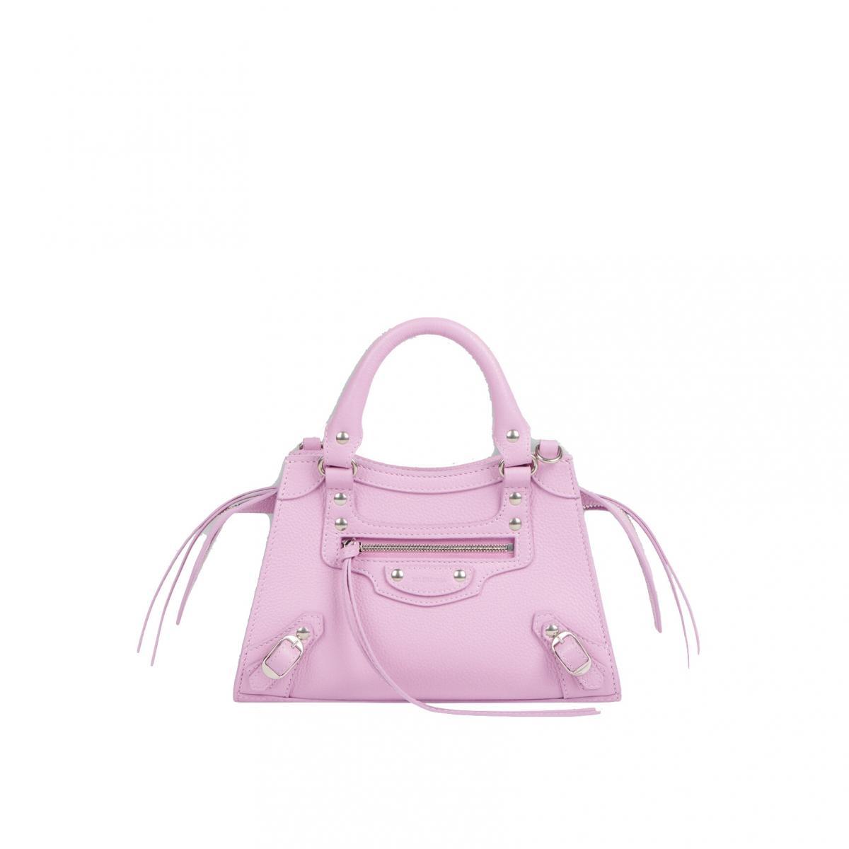 2021「粉色包包」推薦Top25!LV、BV、Celine ... 石英粉、珊瑚粉到櫻花粉紅全都包,Gucci「Diana」準備再掀竹節包風潮-10
