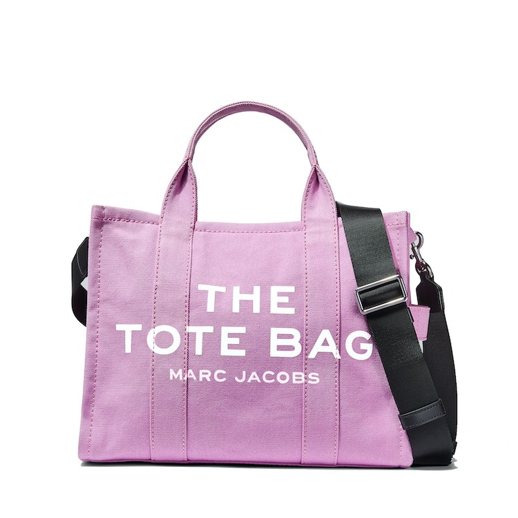 2021「粉色包包」推薦Top25!LV、BV、Celine ... 石英粉、珊瑚粉到櫻花粉紅全都包,Gucci「Diana」準備再掀竹節包風潮-20