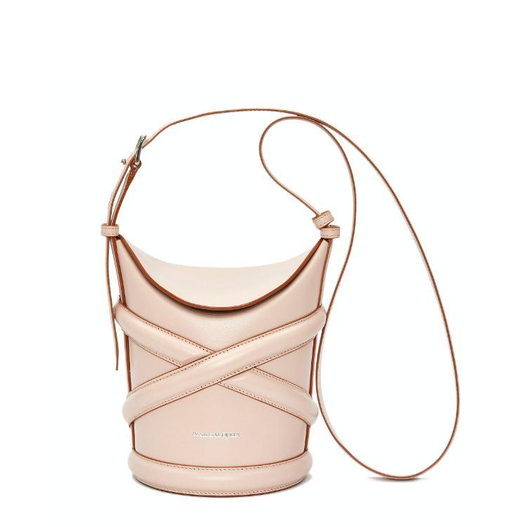 2021「粉色包包」推薦Top25!LV、BV、Celine ... 石英粉、珊瑚粉到櫻花粉紅全都包,Gucci「Diana」準備再掀竹節包風潮-16