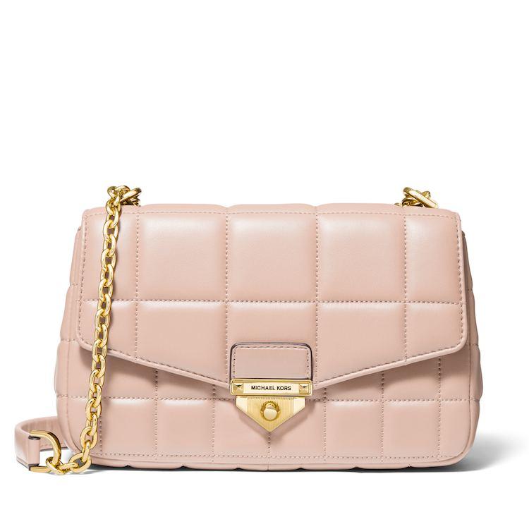 2021「粉色包包」推薦Top25!LV、BV、Celine ... 石英粉、珊瑚粉到櫻花粉紅全都包,Gucci「Diana」準備再掀竹節包風潮-19