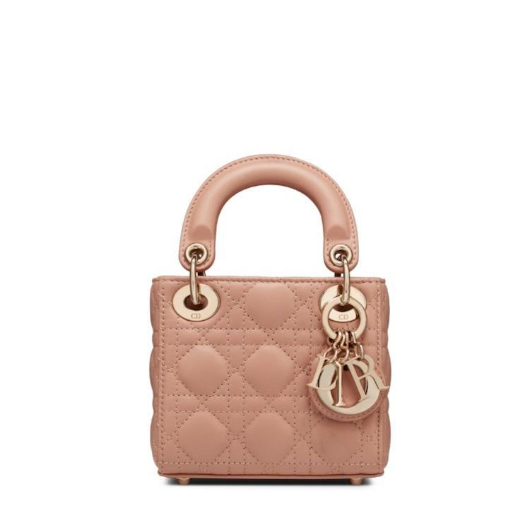 2021「粉色包包」推薦Top25!LV、BV、Celine ... 石英粉、珊瑚粉到櫻花粉紅全都包,Gucci「Diana」準備再掀竹節包風潮-3
