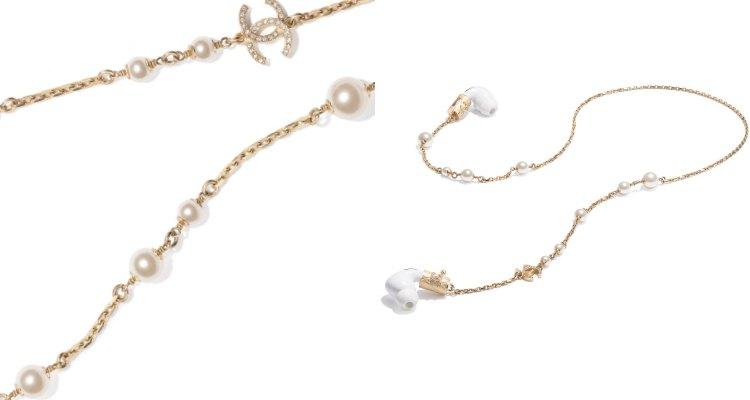 AirPods配件香奈兒加持美翻天!珍珠硬殼耳機收納盒被搶翻,金色鏈帶、小羊皮、水鑽 Logo更閃耀-5