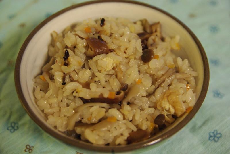 「電鍋懶人料理」5道教你簡單做!「牛丼」15分鐘完成,想吃皮蛋瘦肉粥不用再買 「源士林」-2