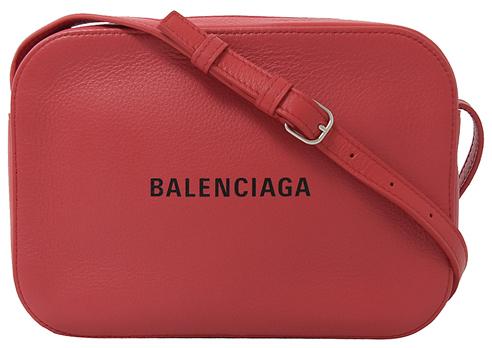 《賀先生的戀戀不忘》胡意旋獨愛Balenciaga Logo手機包,盤點8款繽紛Logo包,寶寶粉、檸檬黃全都有!-4