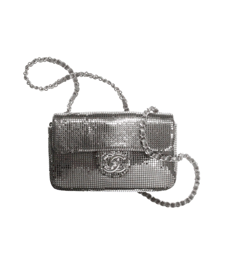 Chanel秋冬購物清單!絨毛小圓包、獨角獸粉11.12全都美翻天!這款「粉餅包」連專櫃小姐都搶著要!-9