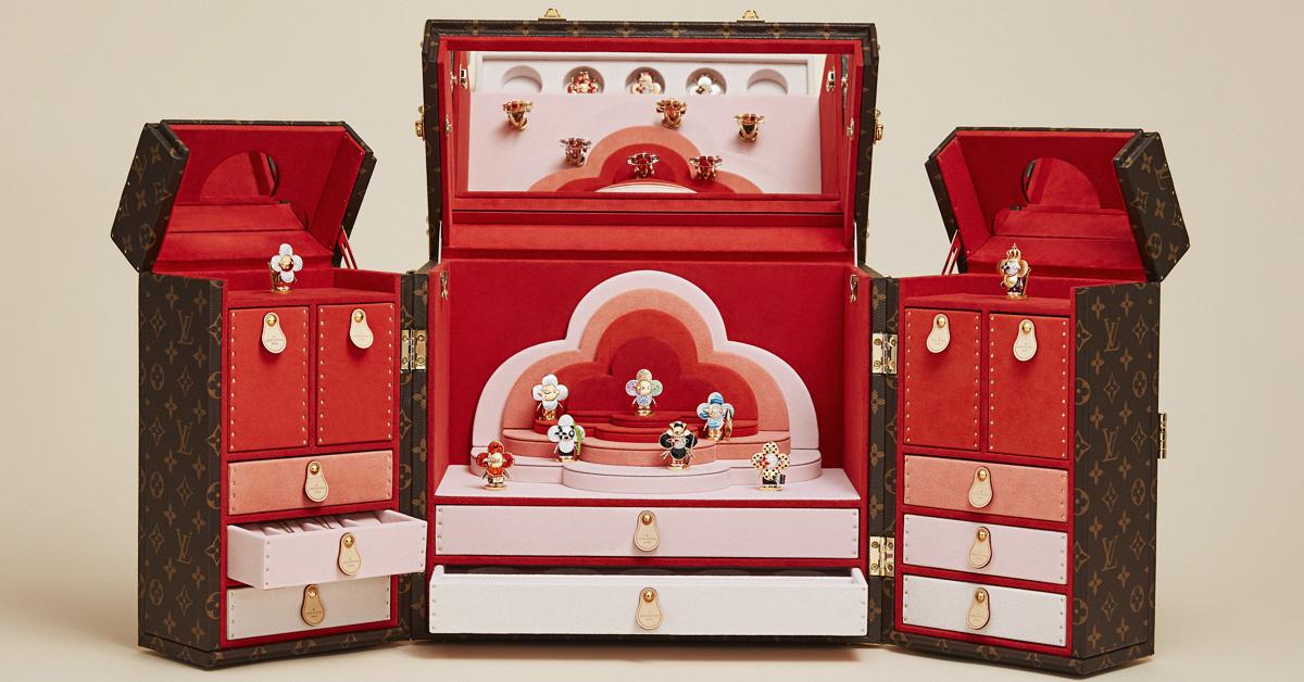 LV吉祥物「Vivienne」變成百萬珠寶!化身日本武士、衝浪手、大熊貓…11款限量登場,超萌模樣捨不得戴-3