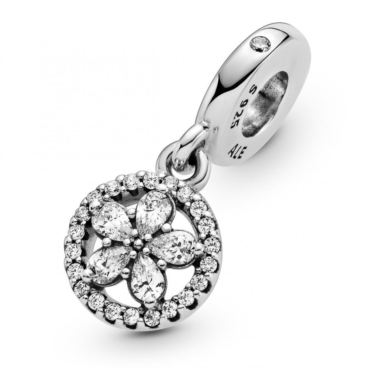 Pandora飾品聖誕限量登場!編輯精選「2000元有找」5款銀飾,小資女也能輕鬆入手-4