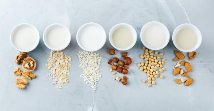 喝牛奶長痘痘怎麼辦?植物奶新趨勢,低脂低碳水好處多,這款最適合「減重族」-1