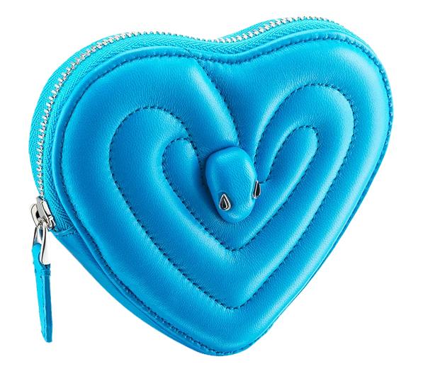 寶格麗「蛇頭包」最新聯名太狂了,攜手迪奧男裝珠寶設計師Ambush合作,搶購一空是註定的!-9