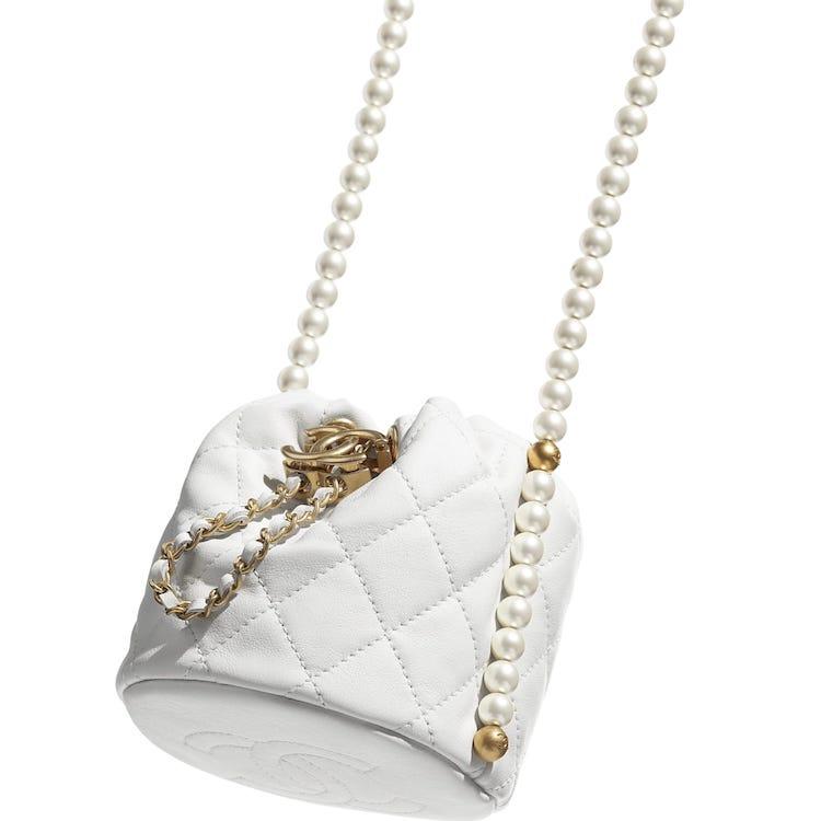 Chanel水桶包也要有「珍珠」!稜格紋、雙C Logo、粉色 ,2021女孩最想要的包就是它!-1