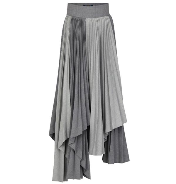 超模Kaia裝帥或優雅風格都靠「灰色」!這8件灰色單品任選一都能讓你時尚度破表-4