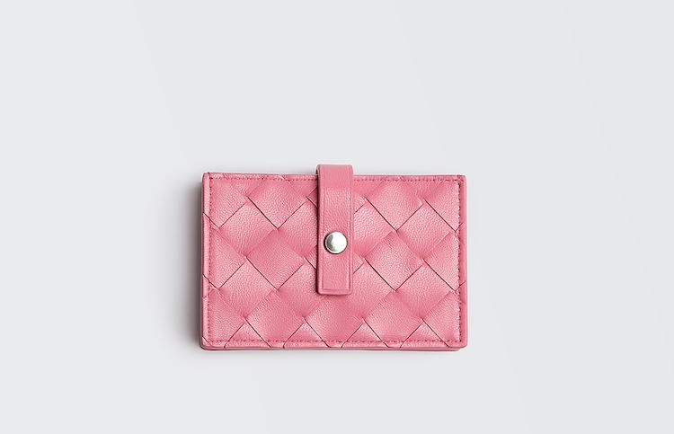 精品卡夾推薦Top10!LV、BV、Dior 到Fendi搶推 「粉色」 ,時髦、財運一次到手-2