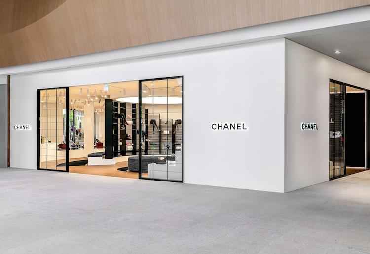 Chanel全球首間鞋店在台灣!還原巴黎康朋街鏡梯設計,灰姑娘終於找到歸屬地-0
