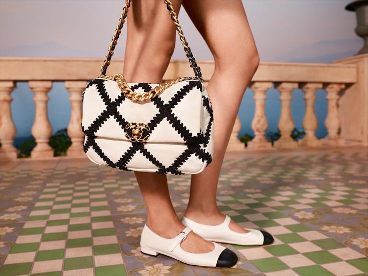 Chanel 2021度假系列包款美得打架!奶霜白到珊瑚色,夢幻逸品清單越來越長!-2