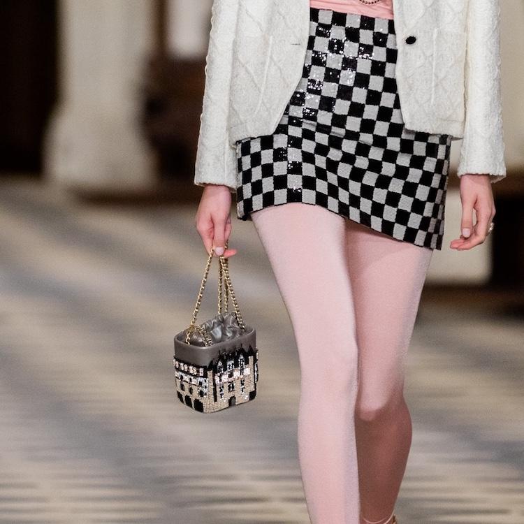 Chanel包包推薦Top 10!工坊系列迷你包、子母包及珍珠包,請先預支2021春季薪水!-9