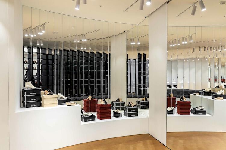 Chanel全球首間鞋店在台灣!還原巴黎康朋街鏡梯設計,灰姑娘終於找到歸屬地-4