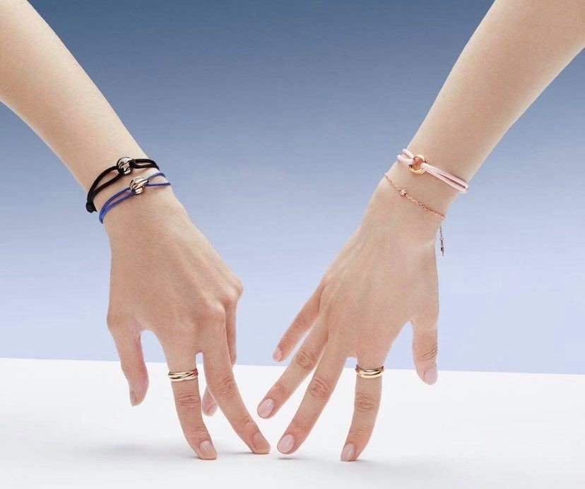 Cartier手環2萬有找!還可終生免費換絲繩,許路兒都搶戴,小資女還等什麼呢?-3