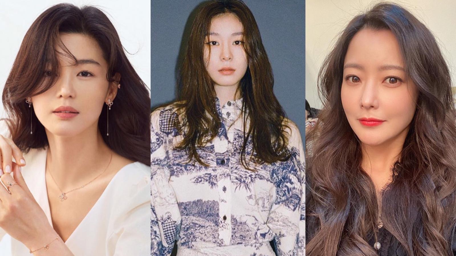 韩国三级讲途两个男人一起去叫小姐南韓娛樂圈競爭激烈美女如雲雪白水嫩的肌膚精緻的五官和窈窕好身材都只是最基本的各種不同風格的美女到底誰才是南韓人心目中真正的美人呢由KBS文化研究所製作韓國最美女星排行榜出爐前三名都是國民女神第一名更是讓人心服口服讓我們一探究竟韓國十大最美女星有誰吧.(图16)