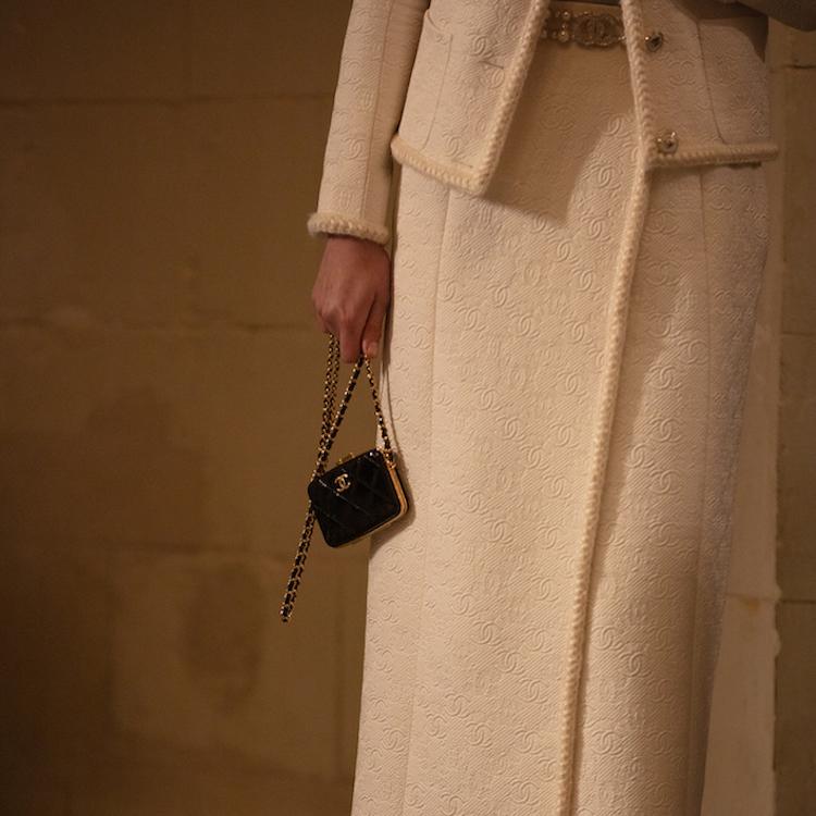 Chanel包包推薦Top 10!工坊系列迷你包、子母包及珍珠包,請先預支2021春季薪水!-0