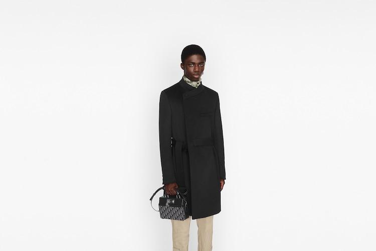 Dior老花再推新款! Lock Handbag迷你公事「小方包」登場,中性設計男女通吃-3