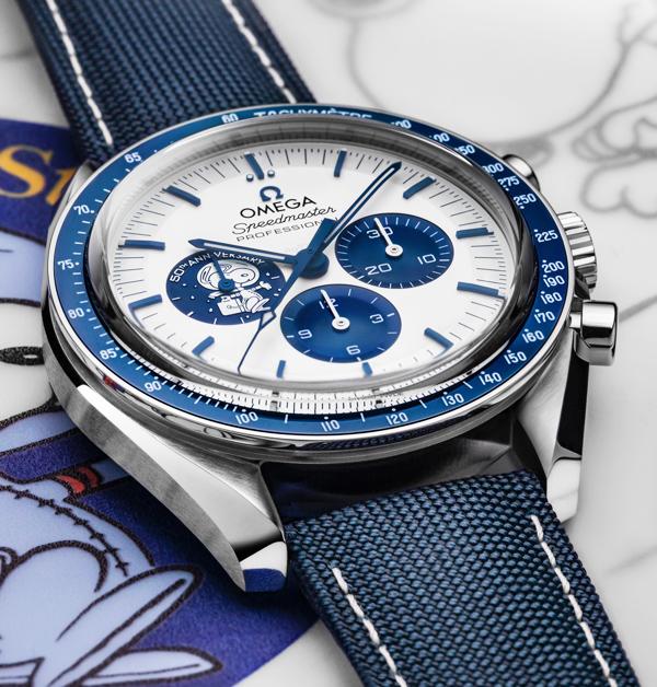 Omega × 史努比聯名萌度破「錶」!錶背還有史努比乘坐太空梭環繞月球微動畫,錯過得再癡癡的等了-2