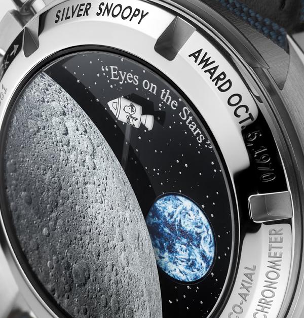 Omega × 史努比聯名萌度破「錶」!錶背還有史努比乘坐太空梭環繞月球微動畫,錯過得再癡癡的等了-4
