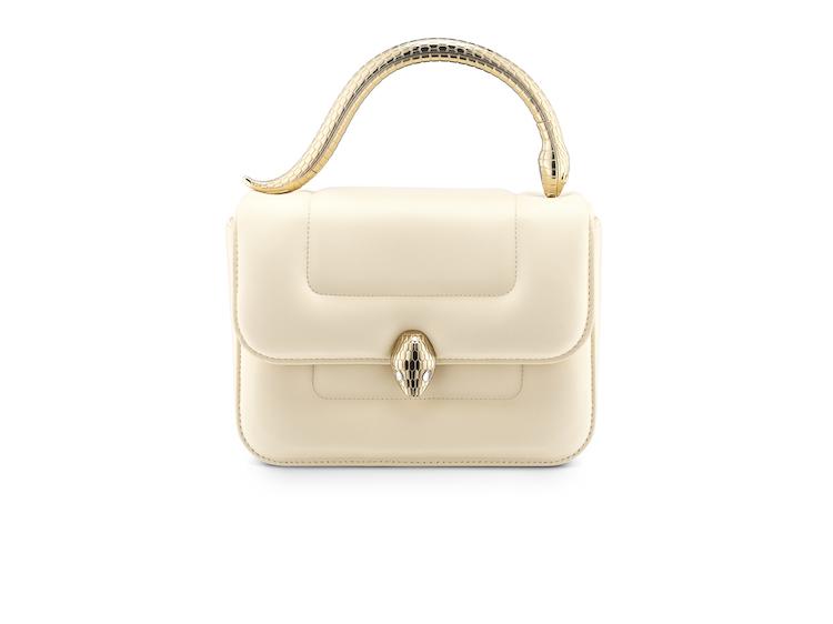 白色方包推薦Top10!Chanel、Dior、LV....百搭又經典,第一款精品包就選它!-5