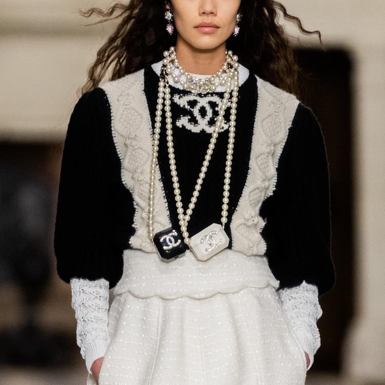 Chanel包包推薦Top 10!工坊系列迷你包、子母包及珍珠包,請先預支2021春季薪水!-2